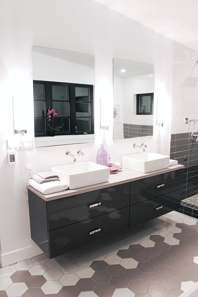 Floating vanity with DIY custom quartz tile countertop - Master Bath Retreat | The Dreamhouse Project