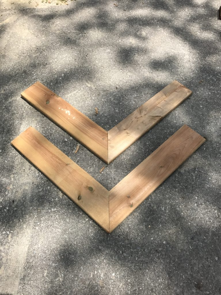 L-frame showing how angled cuts will fit together
